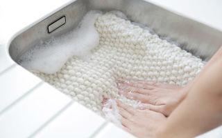 Как правильно стирать шерстяные вещи?