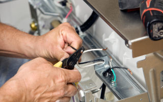 Почему посудомоечная машина бьет током